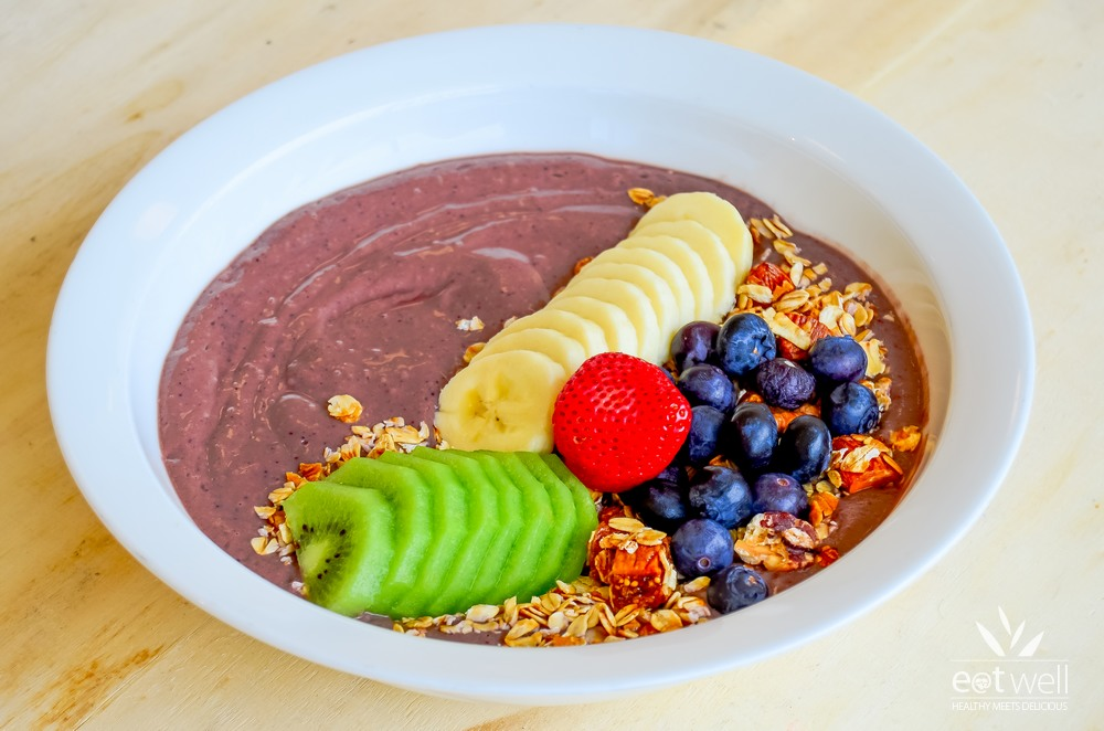 Acai Bowl and Eat Well Granola